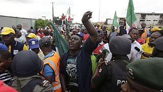 Nigeria: les syndicats et le gouvernement conviennent d'un salaire minimum pour éviter une grève