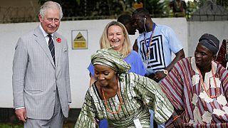Au Nigeria, le prince Charles se met au pidgin