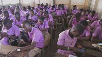 Togo : des smartphones pour faire cours