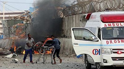 Somalie : au moins 20 morts dans l'explosion de voitures piégées à Mogadiscio