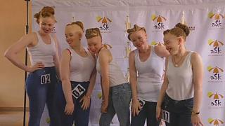 L'Ouganda dévoile ses reines de beauté albinos