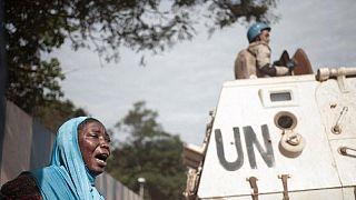 """Violences en Centrafrique : un Casque bleu tué, un prêtre """"calciné"""""""