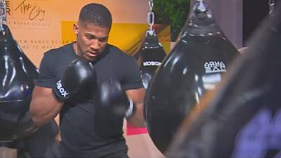 Anthony Joshua hopes for unity fight with American rival Deontay Wilder