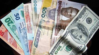 Transfert d'argent : quand les compagnies se sucrent sur les immigrés africains