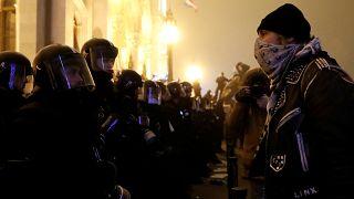 Így tüntettek a rabszogatörvénynek nevezett módosítás megszavazásának másnapján Budapesten