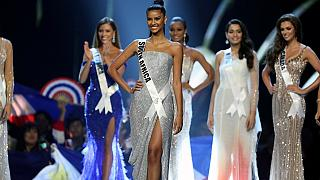 South Africans celebrate country's beauty queen at Miss Universe