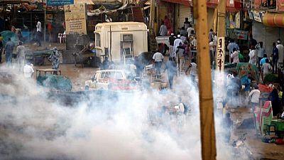 Sudan protest hub: Anti-Bashir protesters tear gassed in Omdurman