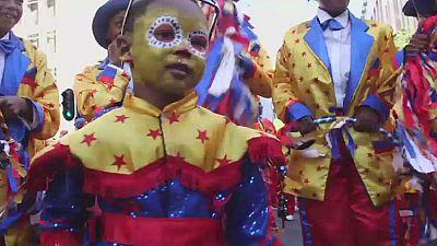 Afrique. du Sud : des milliers de participants au carnaval du Cap