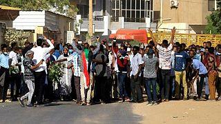 Mouvement de protestation : le soudan limite l'accès aux médias sociaux