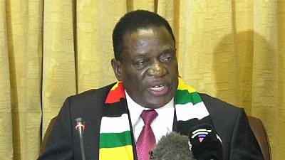 Zimbabwe govt lays off over 3,000 civil servants