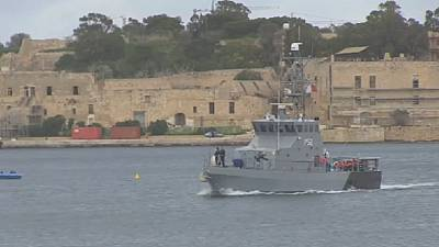 Les migrants bloqués en Méditerranée ont finalement accosté à Malte