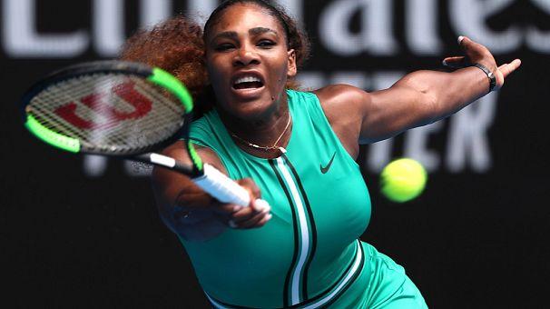 Serena Williams makes strong start in Australian Open