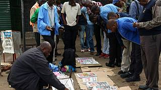 Zimbabweans trickle back into Harare