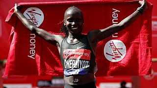 Kenya's Vivian Cheruiyot to defend London Marathon title