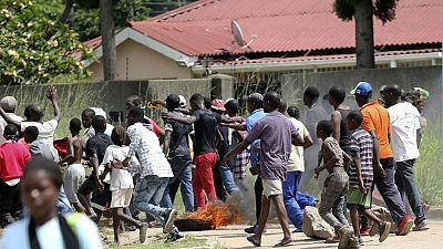 Zimbabwe : funérailles d'une personne tuée lors de manifestations