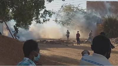 Sudan police disperse new anti-Bashir demo