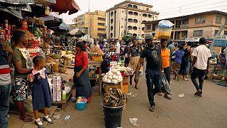 Nigeria : à moins d'un mois des élections, le salaire minimum revu à la hausse