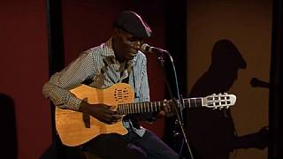 Zimbabwe music legend Oliver Mtukudzi dies at 66 - Reports