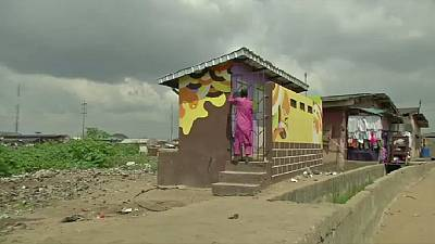 Lagos artist brings colour to city's slums
