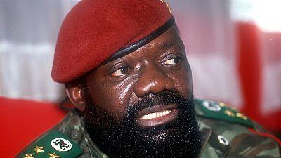 Angola : des obsèques nationales pour Savimbi