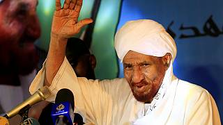 Sudan arrests top female opposition chief, academics call protests