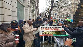 Nigeria : la diaspora de Londres manifeste contre la suspension du président de la cour suprême