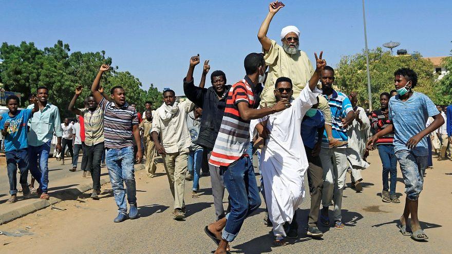 استمرار احتجاجات السودان للشهر الثاني على التوالي مع اندلاع مظاهرات في أم درمان