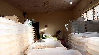 Nigeria poll delay: opposition condemn decision