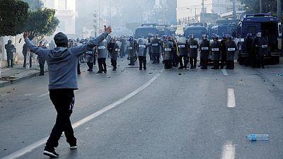Algérie : 41 arrestations lors des manifestations vendredi (police)