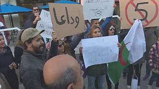 Algerians in Tunis back anti-Bouteflika protests