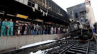 Égypte : six arrestation dans le cadre de l'accident du train qui fait au moins 20 morts au Caire