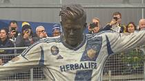 LA Galaxy unveils statue of David Beckham