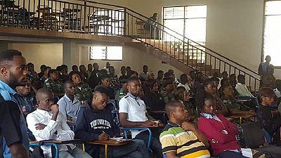 RDC : à Goma, soldats et étudiants sur le terrain des idées pour combattre l'insécurité