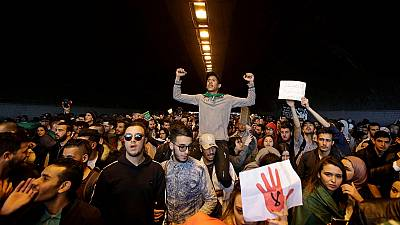 Algeria activists call for poll boycott, demand electoral reforms