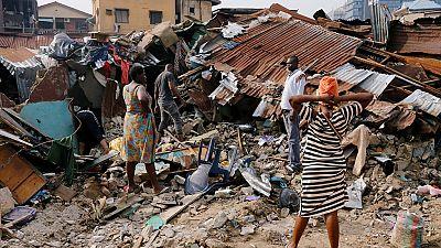 Effondrement d'un immeuble au Nigeria : 20 morts, dont plusieurs écoliers (nouveau bilan)