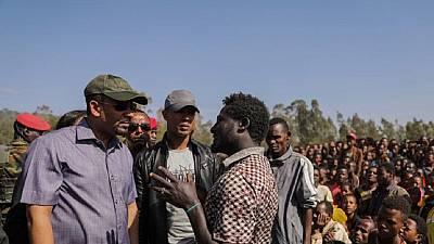 Ethiopia PM visits displaced Gedeo community, Tigray region sends aid