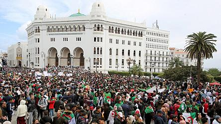 Thousands rally in Algiers as protest leaders tell army to stay away [No Comment]