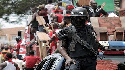 Ghana : agressions contre des journalistes, trois policiers suspendus