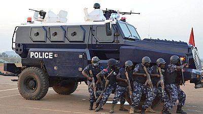 Ouganda: des policiers traduits en justice pour le meurtre d'un conducteur de moto