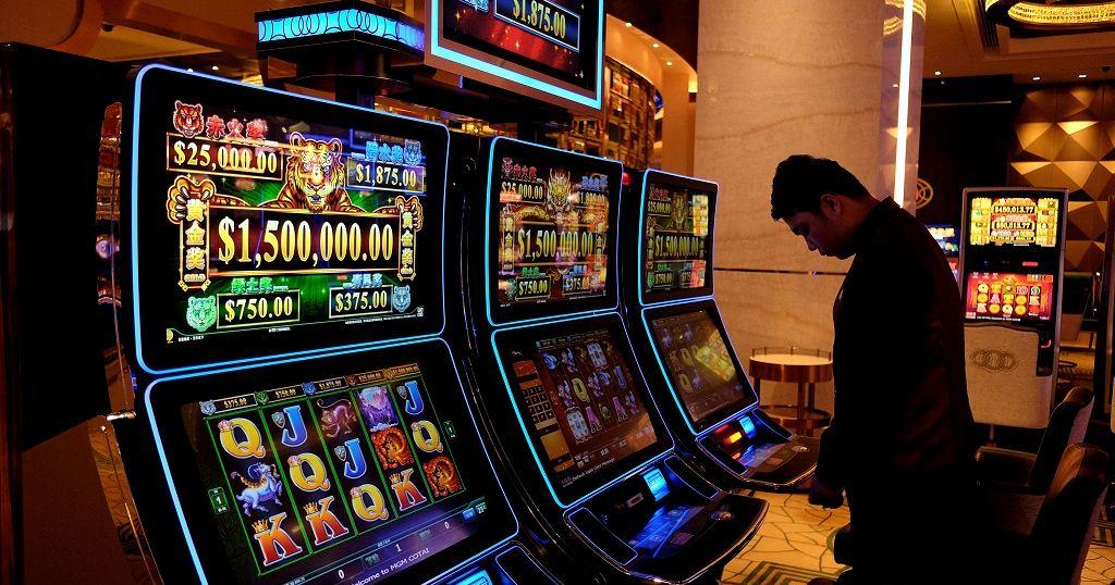 Betting in kenya binary options robot video