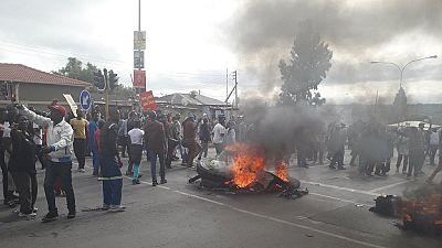 Conditions sociales : des manifestations dans un township de Johannesburg