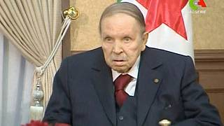 Algerian press highlight Bouteflika's resignation