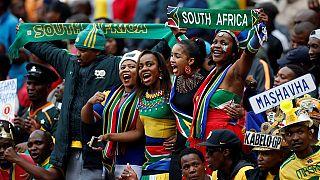 Élections en Afrique du Sud : des partis politiques en campagne dans les stades de football