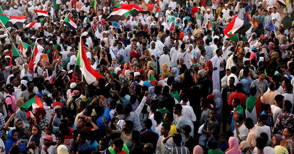 Sudan protesters spurn direct talks with junta in demand to Ethiopia PM