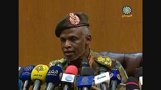 Soudan : Béchir ne sera pas livré à la CPI, assurent les militaires