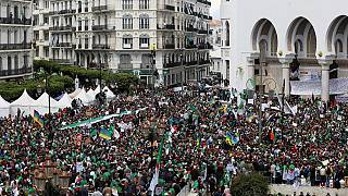 Algeria: protests keep up pressure