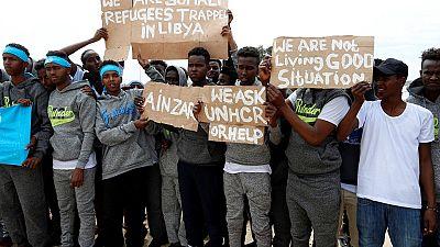 Dans la bataille de Tripoli, le sort des migrants inquiète