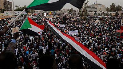 Washington confirme son soutien aux manifestants soudanais