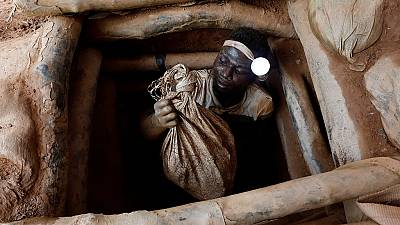 How much gold is smuggled out of Africa?