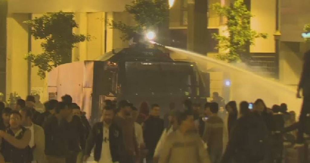 Moroccan police disperse protesting teachers with water canons